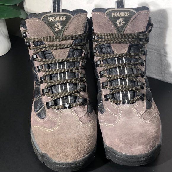 Nevados Other - MEN'S 💪🏼 NEVADOS BOOTS